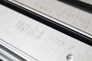 Lasergravieren von Metall