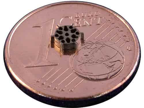 Mirko-Laserschneiden für Bauteile im Mikrobereich