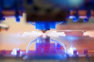 Laserschneiden mit leistungsfähigen Nd:YAG-Lasern