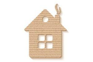 Laserbearbeitete Zuschnitte in Form eines Hauses aus Papier